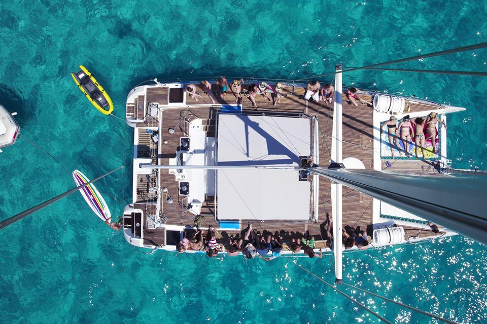 katamaran-bootscharter-mallorca-katamaran-charter-mallorca-1