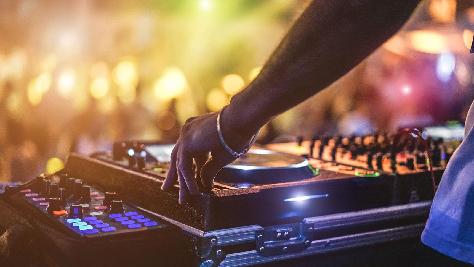 DJ-Mallorca-DJ-buchen-Mallorca-2