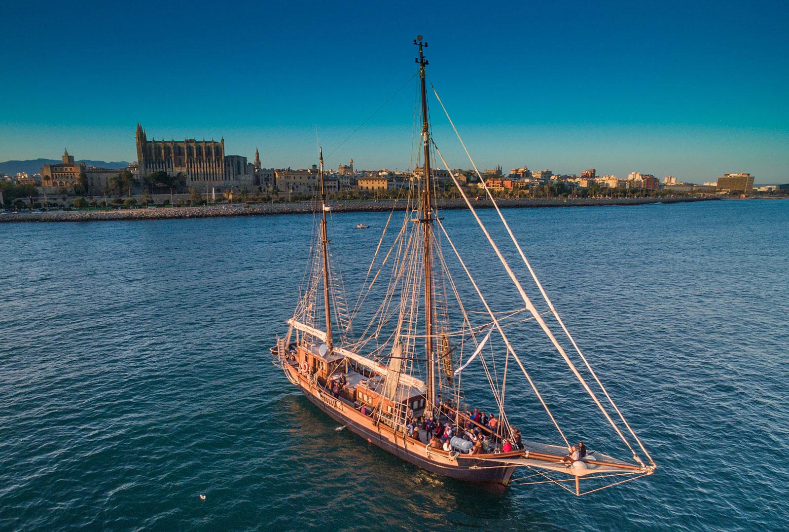 Mallorca-segelschiff-charter-mallorca-historisches-segelboot-mieten-mallorca-3