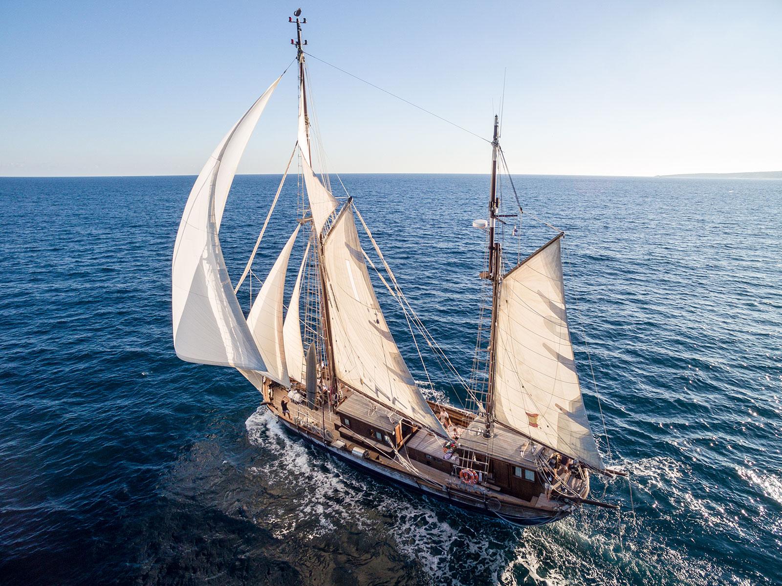 Mallorca-segelschiff-charter-mallorca-historisches-segelboot-mieten-mallorca-8