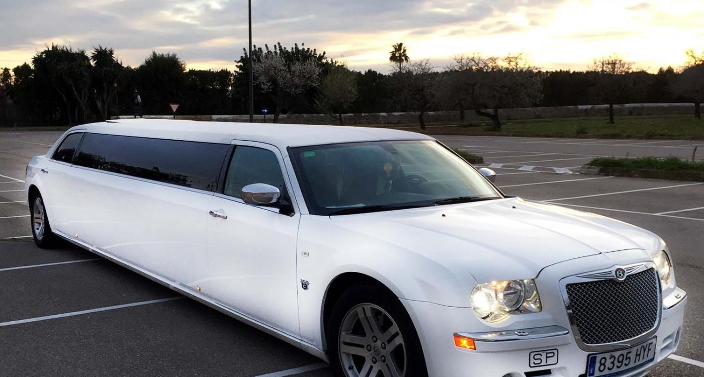 VIP-Limousine-Transfer-Mallorca-Stretchlimousine-Mallorca-1